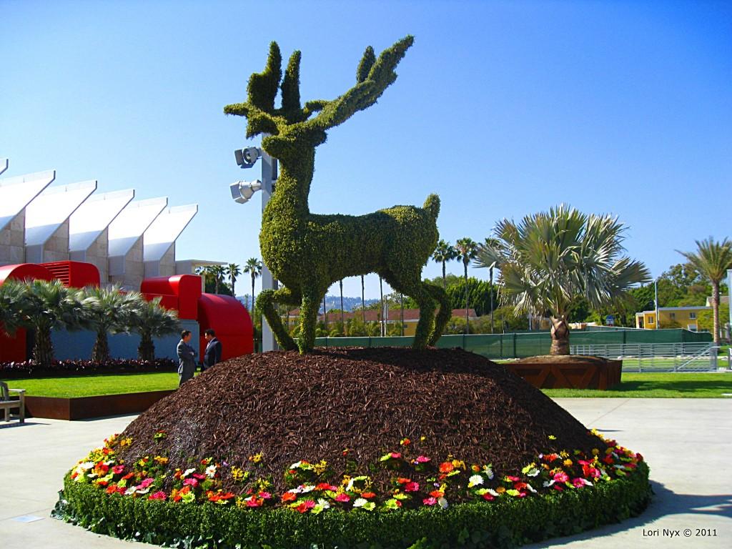 Burton Topiary at LACMA