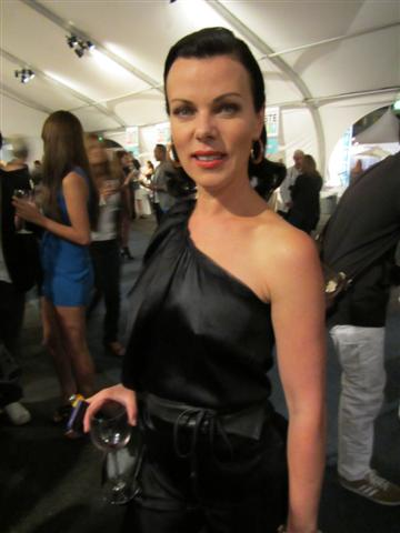 Gorgeous and supercool Debi Mazar | The LA Beat Drew Barrymore