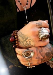 Kat's hands