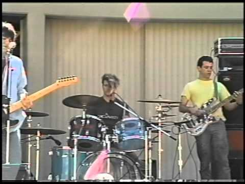 One of firehose's First Shows: Santa Monica College 1987