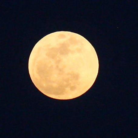 """""""Supermoon"""" rises over West Los Angeles 5/5/12"""