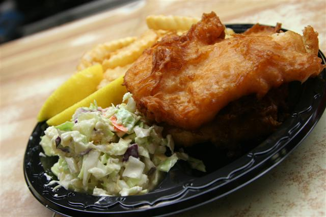 Captain kidd s fish and chips the la beat for Redondo beach fish market