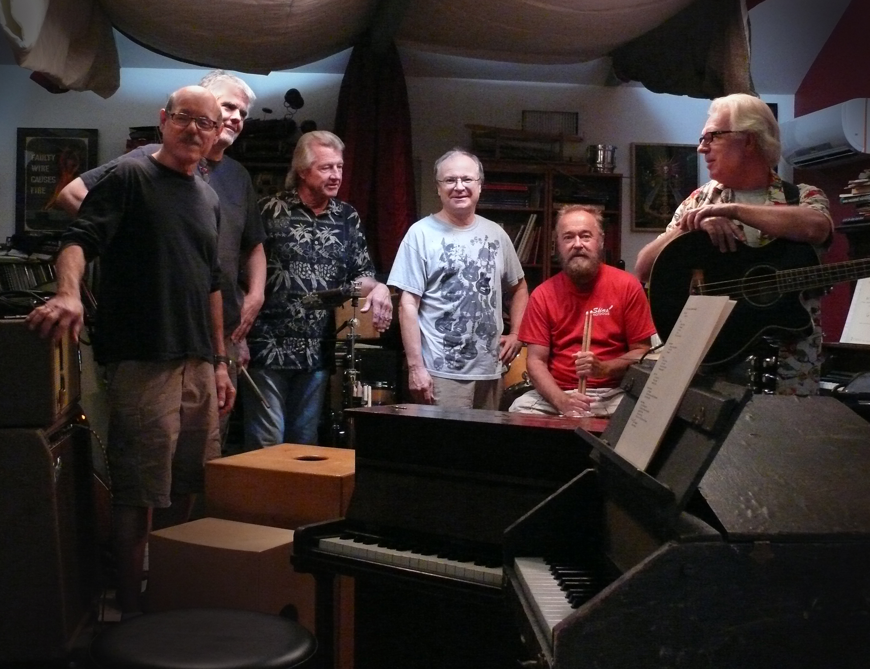 Strawberry Alarm Clock (left to right):  Mark Weitz, Steve Bartek, Randy Seol, Howie Anderson, Gene Gunnels and George Bunnell. (photo credit: John Collinson and Philip Pirolo)