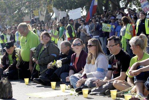 Striking Walmart Workers Add Their Voice to 'Black Friday'