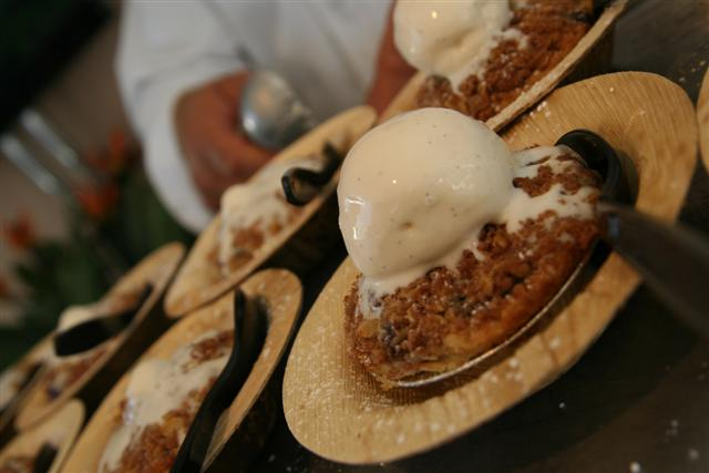 Terranea's crisp with vanilla ice cream from The Taste's Field to Fork