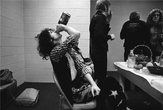 Jimmy Page, 1975. Photo by Neil Preston/ Morrison Hotel Gallery.