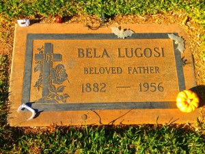Bela Lugosi's Dead (Photo by Nikki Kreuzer)