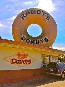 Randy's Drive-thru Donuts (Photo by Nikki Kreuzer)