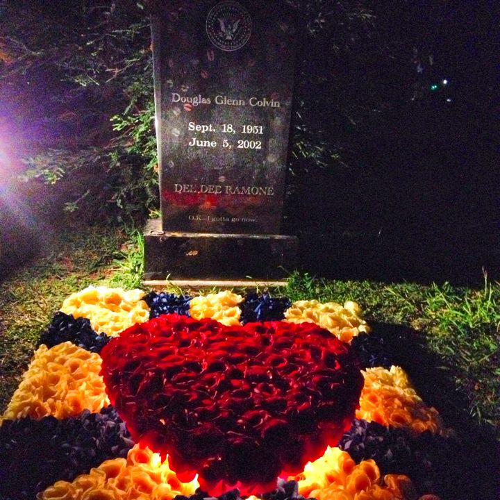 Dee Ramones Grave Decorated For Johnnys Tribute At Hollywood Forever Cemetery Photo By
