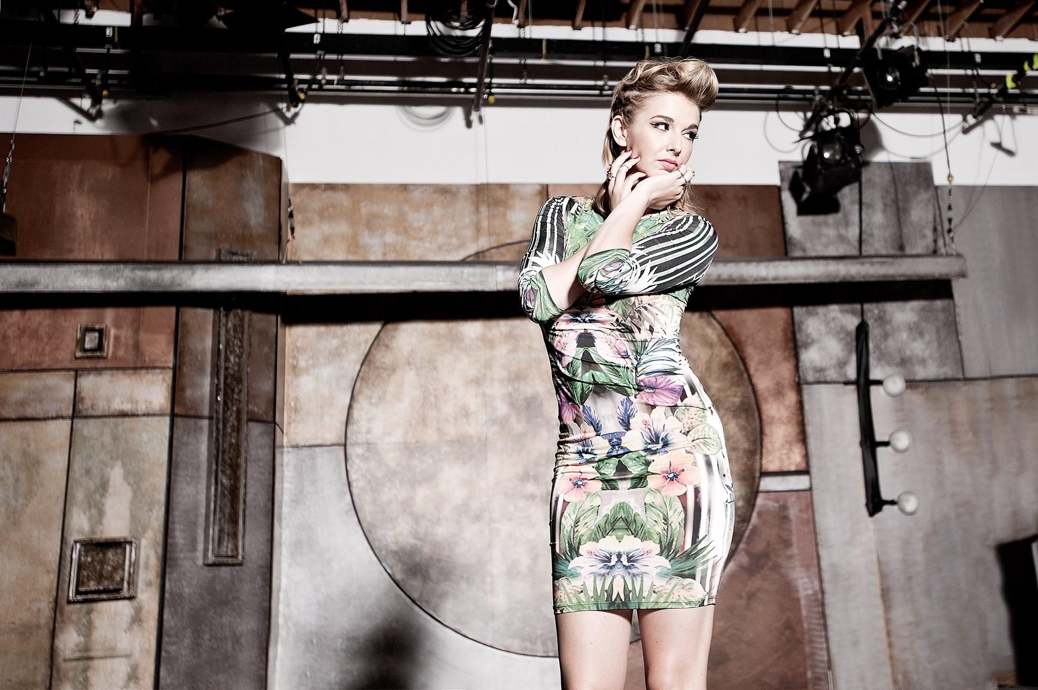 LA Girl: Singer Sarah Blaine