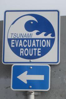 Tsunami-evac-sign