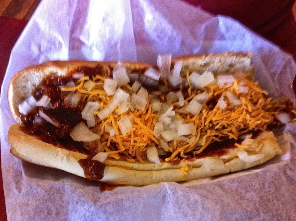 Chili Cheese dog. Photo by Edward Simon for the Los Angeles Beat.