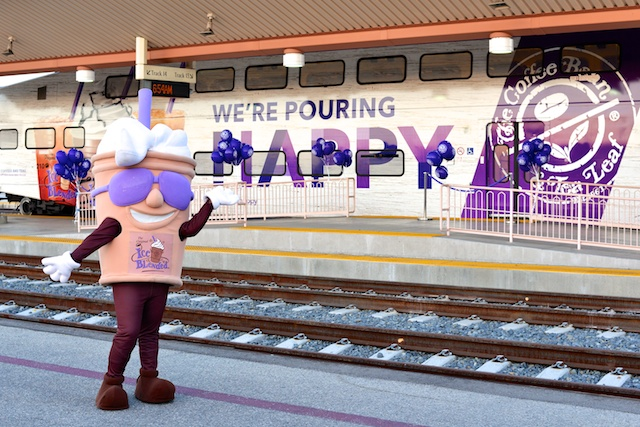 "The Coffee Bean & Tea Leaf Kick-off ""National Coffee Day"" At Union Station!"