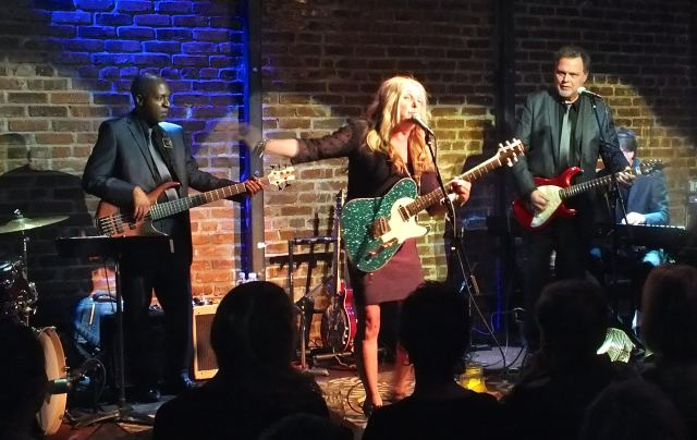 Peach Proves That Nice Girls CAN Sing the Blues at Witzend in Venice