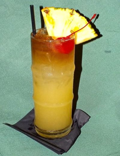 Mai Tai (Photo by Edward simon for the Los Angeles Beat)