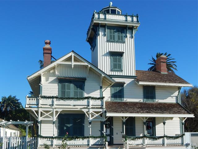 point-fermin-lighthouse-141225