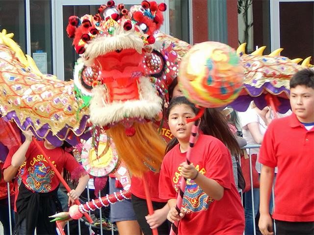 golden dragon parade 150221a