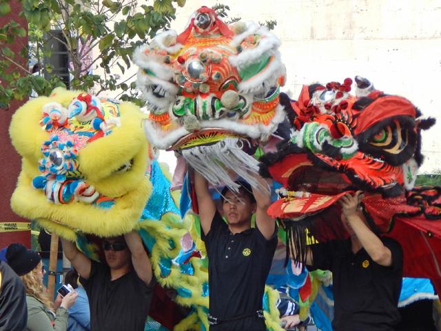 golden dragon parade 150221b