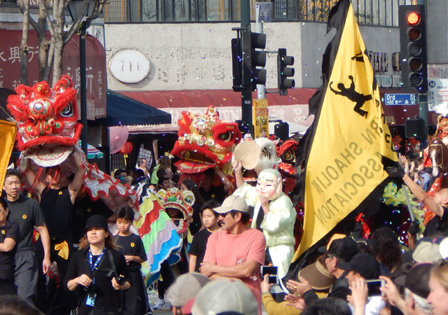 golden dragon parade 150221e