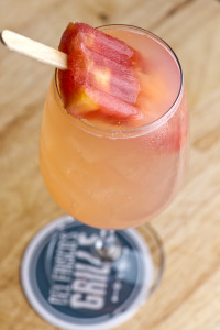 Del Frisco's Grille Sangria 2. Photo courtesy of Del Frisco's Grille/Elizabeth Borsting PR.