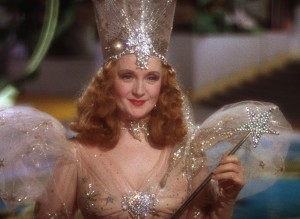 still-of-billie-burke-in-trollkarlen-från-oz-(1939)