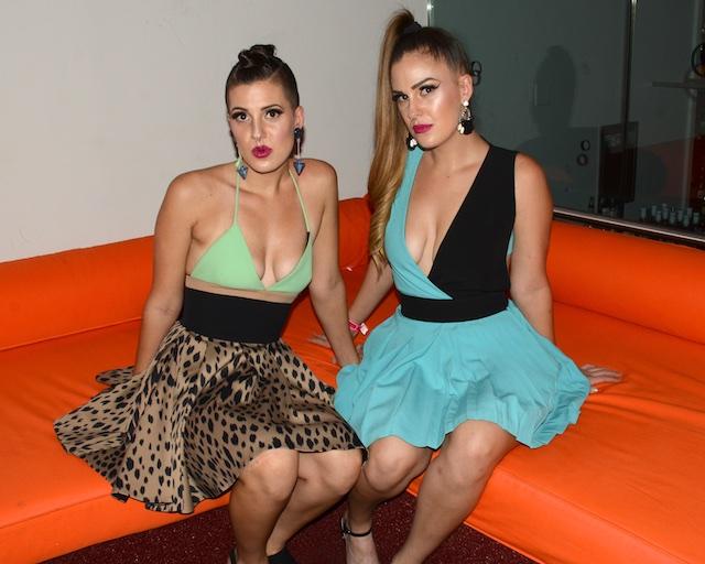 Twins 1