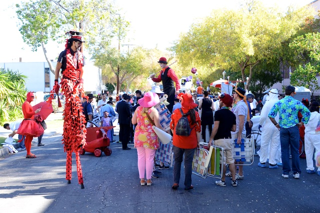 Occasionally, (A Photo Gallery of) The 2015 Doo Dah Parade!