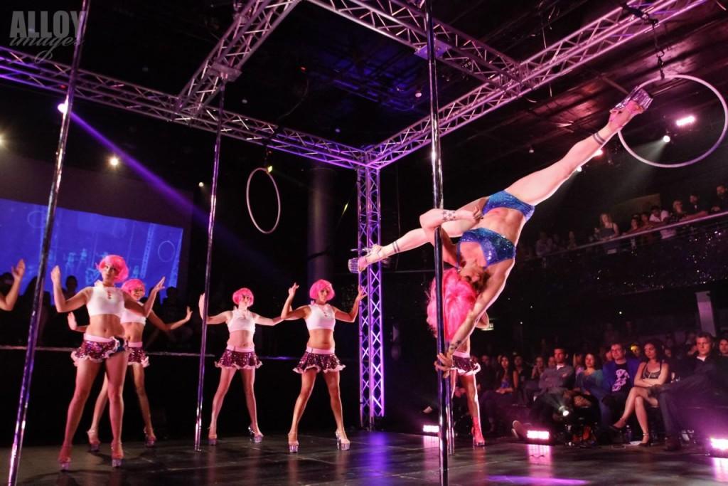 Pole Show6