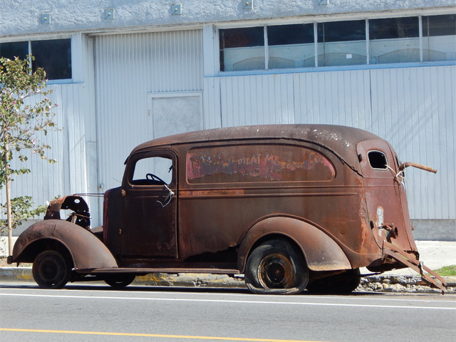 1937_ford_delivery_in_pedro_160221