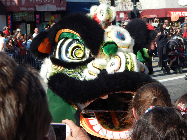 lunar new year parade in chinatown 160213b