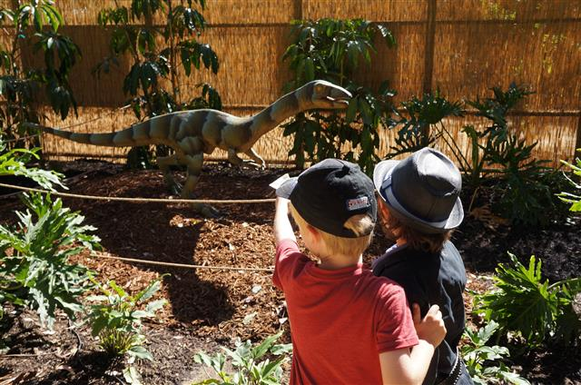 Dinosaurs: Unextinct at the L.A. Zoo Exhibit