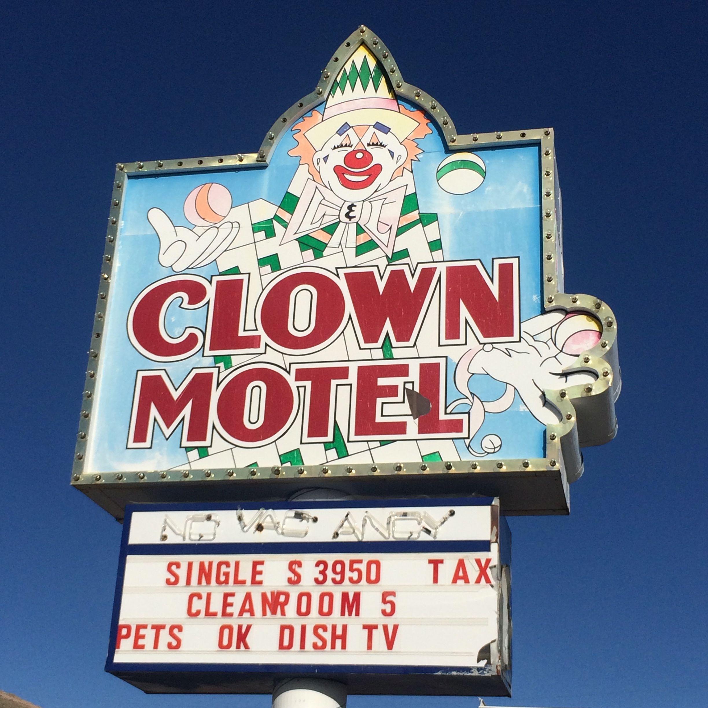 Send in the Clowns... Tonopah, Nevada (photo by Nikki Kreuzer)