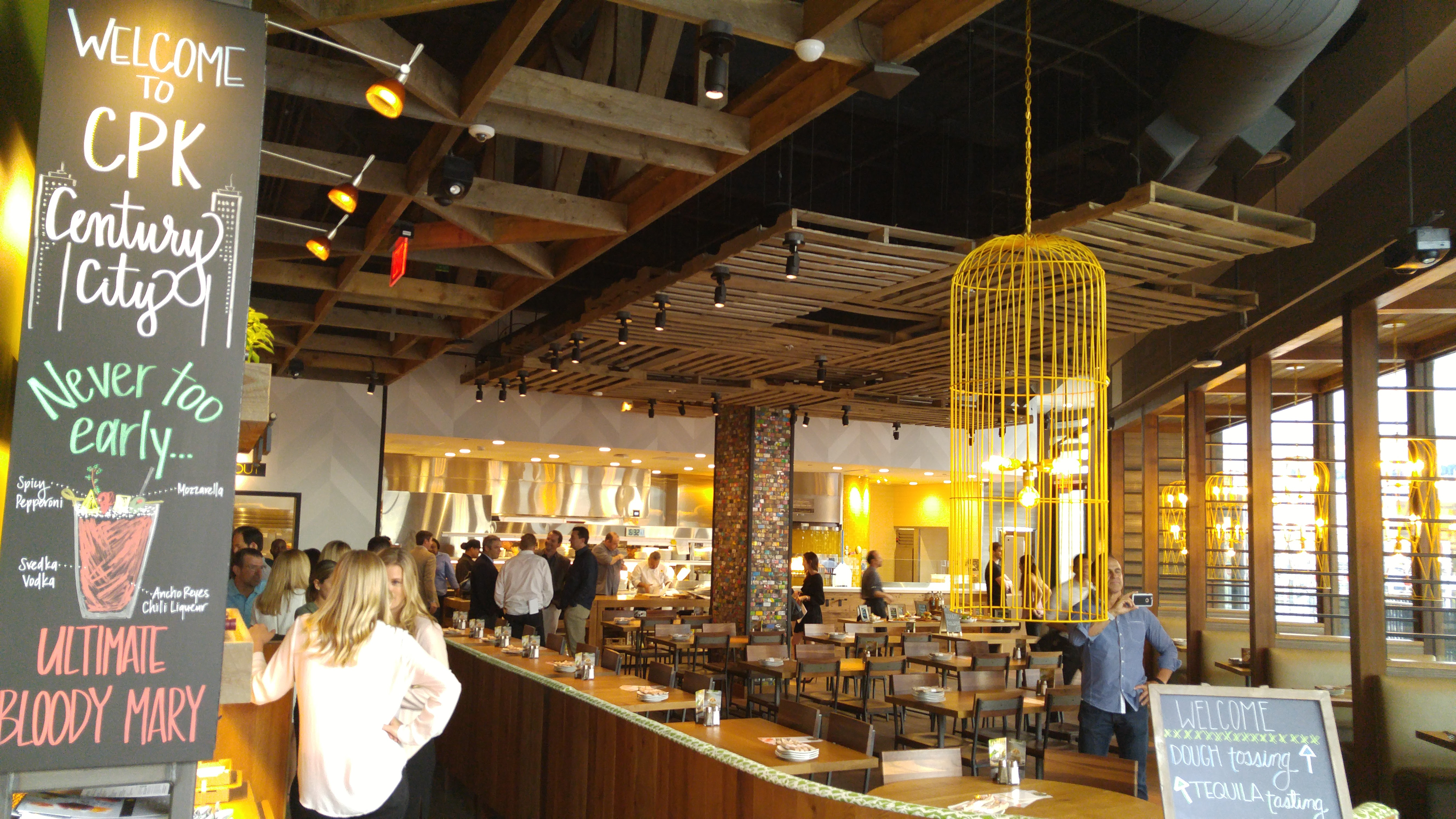 Magnífico California Pizza Kitchen Wellesley Imagen - Como Decorar ...