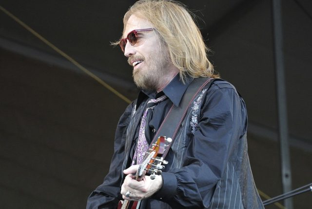 By Takahiro Kyono from Tokyo, Japan - Tom Petty, CC BY 2.0, https://commons.wikimedia.org/w/index.php?curid=58170123